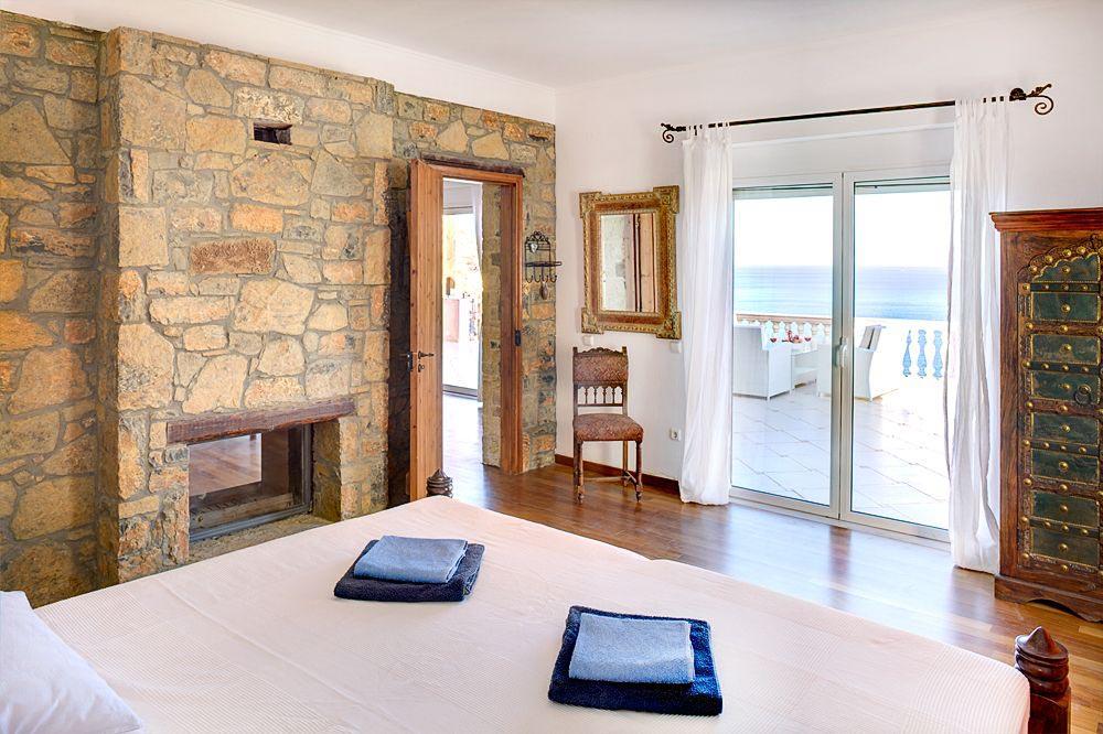 Villa crete dreams for Modele de chambre a coucher avec dressing et salle de bain